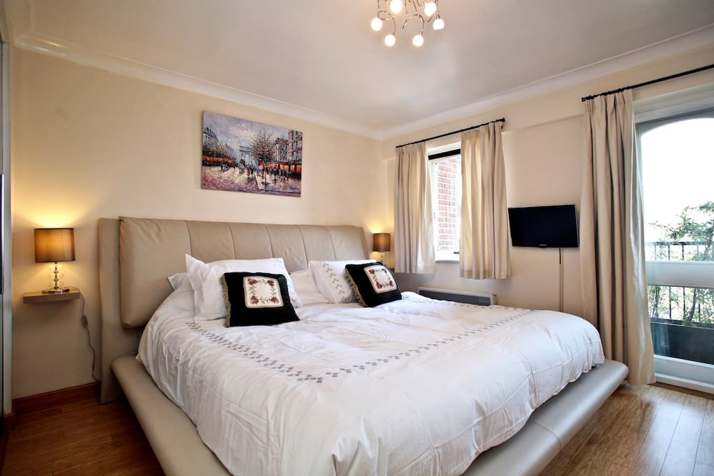 Luxury 2 Bed Flat Amp Swimming Pool Tower Hill