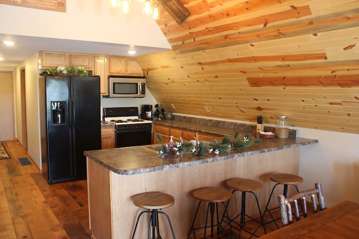 Cozy A-Frame Guest House