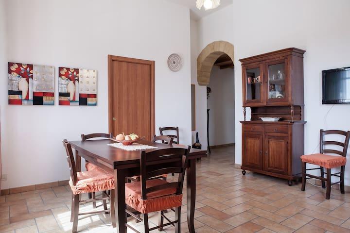Casa di Elena  - Trapani, Rilievo  - Departamento