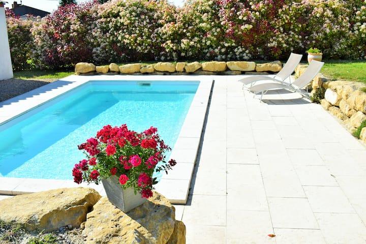 """Gîte""""Espérantou"""" avec piscine à 20km de Carcasonne"""