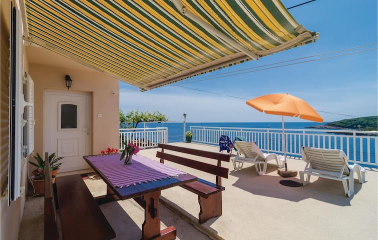 Holiday apartment with 1 bedroom on 37m² in Gruda