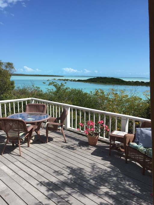 Sundrenched steps away from the water houses for rent for Beach houses for rent in bahamas