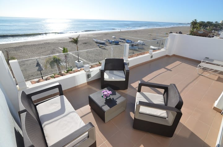Atico duplex frente al mar ideal larga estancia