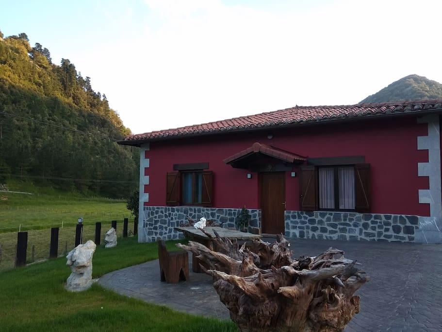 OLATZ Eskola Etxea - Casa Escuela OLATZ