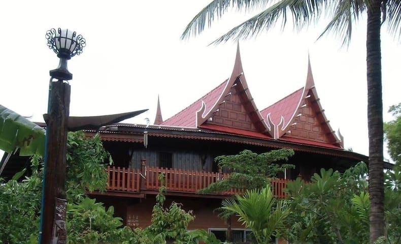 บ้านสวนโฮมสเตย์ เกษตร 108  ราชบุรี