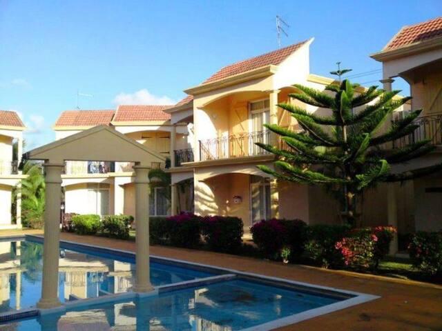 Mont Choisy Villa within 2 mins walk to the Beach - Grand Baie - Villa