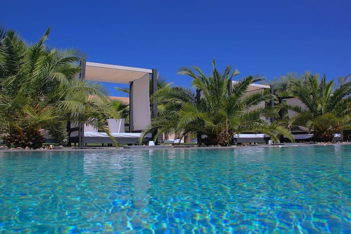 Summer Holiday Villa Perfect for Large Groups