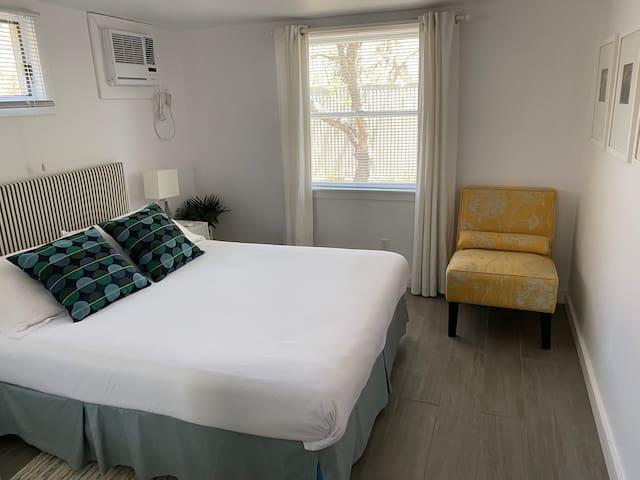 North Apartment - Bedroom