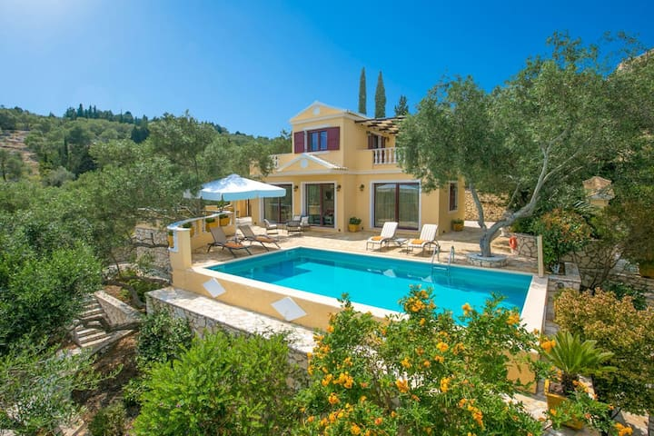 Anastasia Villa - Timeless, elegant sanctuary with unobstructed and panoramic views