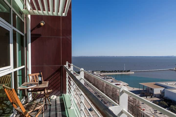 RENT4REST LISBON EXPO APARTMENT 17FLOOR RIVER VIEW