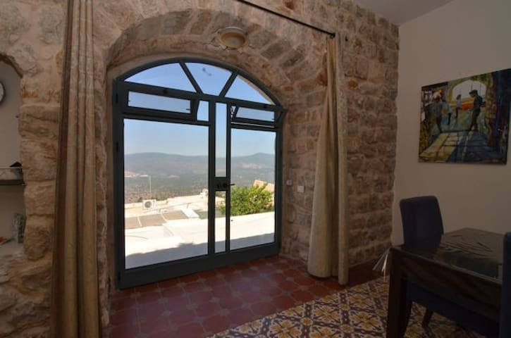 Old City Tzfat vacation home