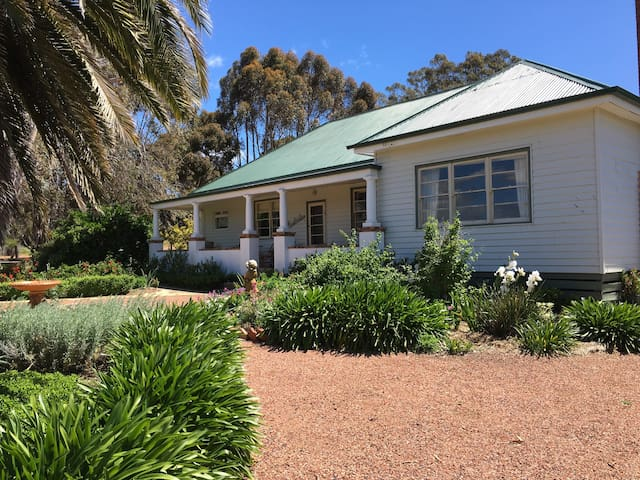 Rostrata Country House Tarnagulla - Murphys Creek - Dom