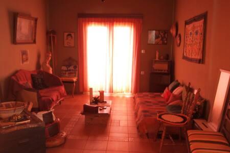 Άνετο διαμέρισμα με κήπο, σε χωριό. - Rodia - Bed & Breakfast