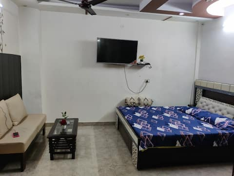 Oneness 101 Home stay, Near CP, Red Fort