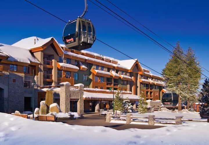 1BR Grand Residence Luxury Villa Steps to Gondola