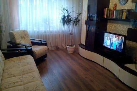 Уютная комната в приморском городе - Pionerskiy - Apartemen