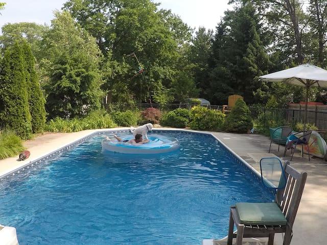 Private guest area, pool, & outdoor abundance