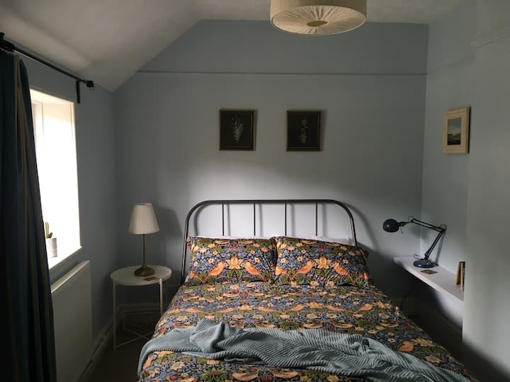 Private Double Room in an Artist's House