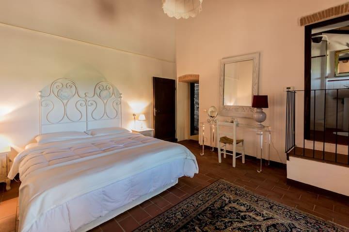 Talamone Room