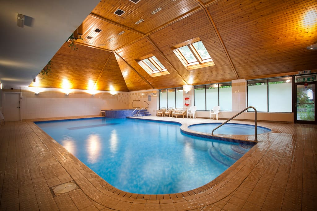 Free use of the leisure facilities at the Waterloo Hotel (10 min walk from Coedfa) Includes:- Pool, jacuzzi, sauna, steam and a gym.  There is also a H&M Hair and Nails Beauty Salon within the Hotel please book on 01690 710244through