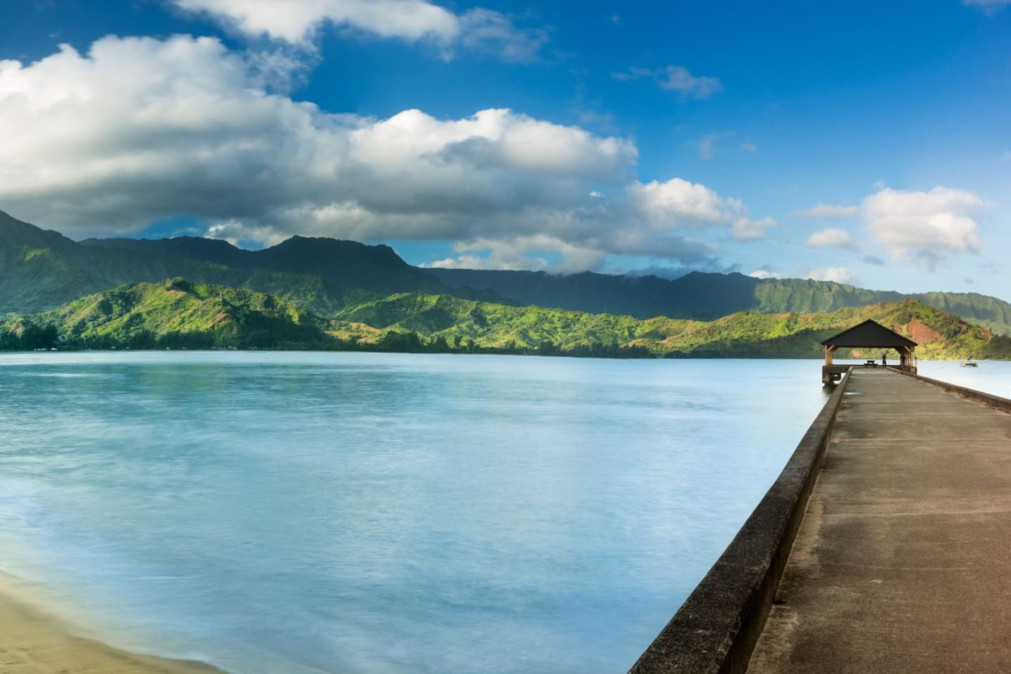 Hanalei  Bay Pier, 10 minutes from the house!