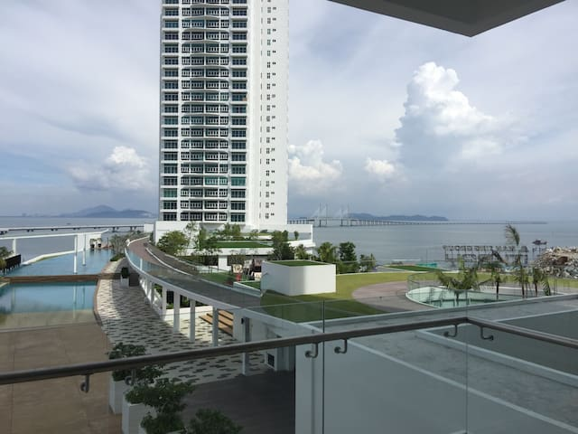 Brand new seaview condominium - Batu Maung - Appartement