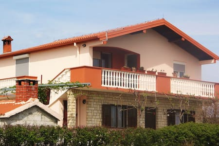 Apartman Ljubica - Krneza - Casa