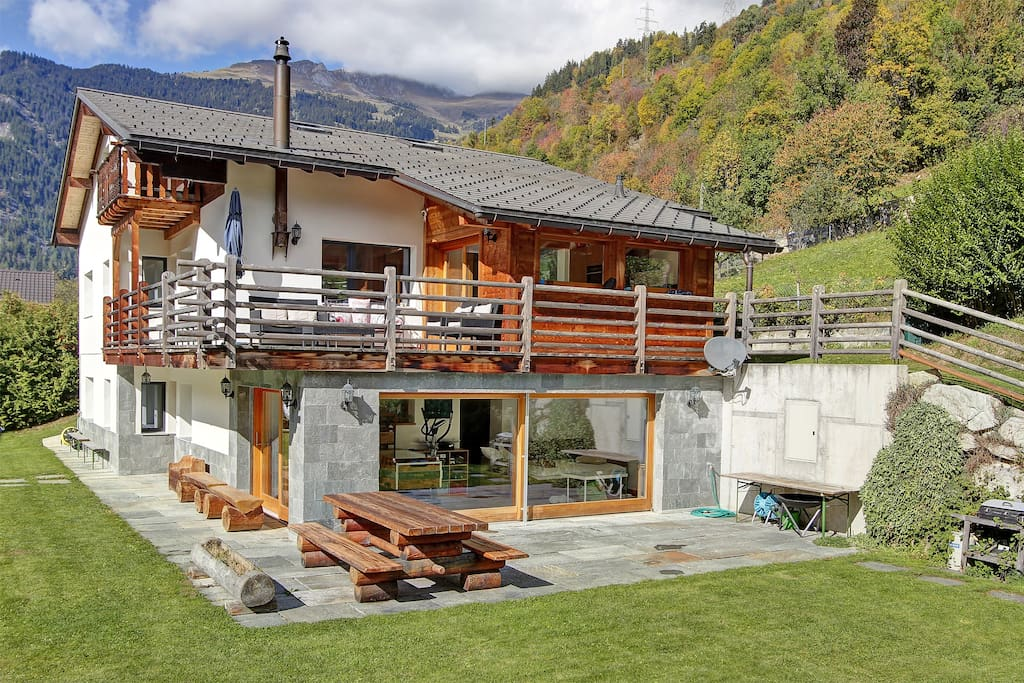 Chalet les Rives with view on Verbier