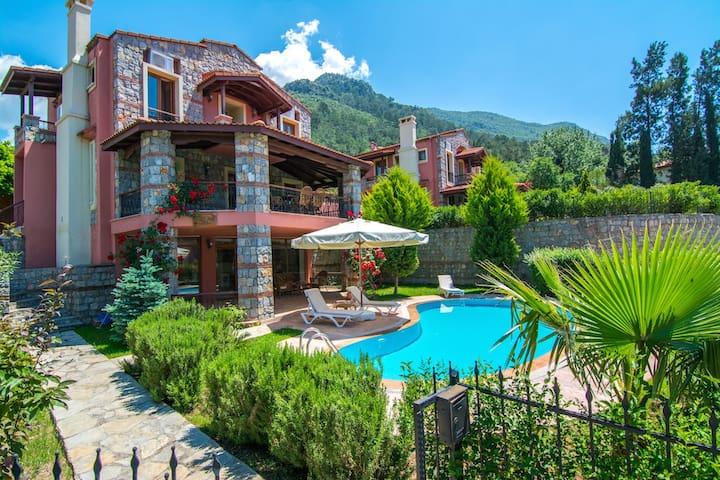 Fethiye Oludeniz Ovacık SunCity Villas, Villa AKA