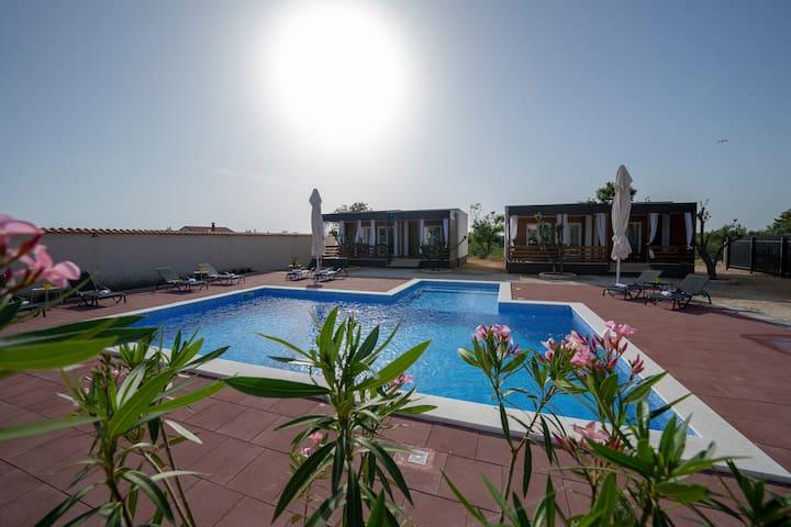 Prestige Villas Pool Yard 1