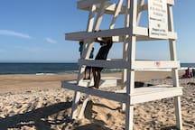 East Hampton Home w pool, walk to private beach