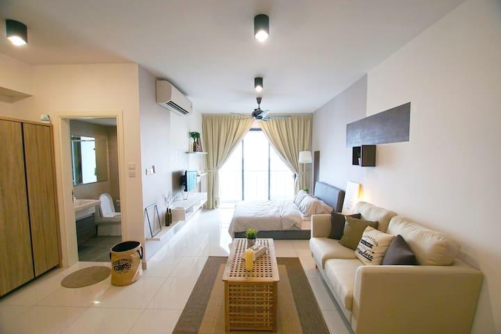 Newly furnished cozy studio @ PH Johor Malaysia