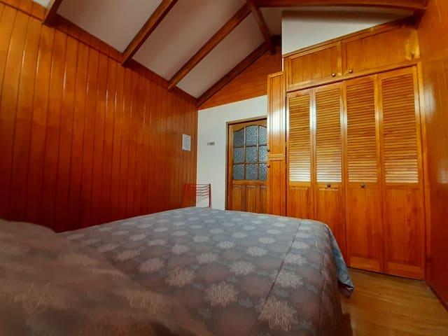 Habitación N°3 (baño compartido)