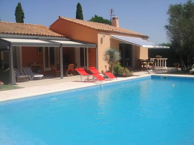 villa mediterranéenne avec piscine - Saint-Clément-de-Rivière - Ev