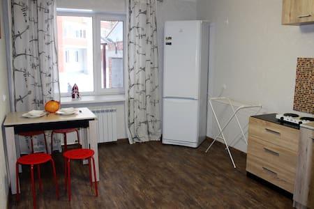 Квартира Учебная,7/1 - Tomsk - Apartamento