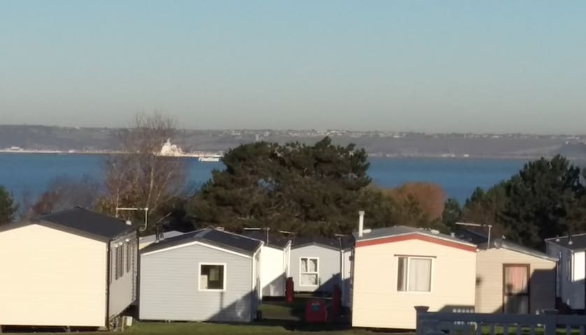 Allhallows on Sea, Kent. Caravan with Sea views - Medway