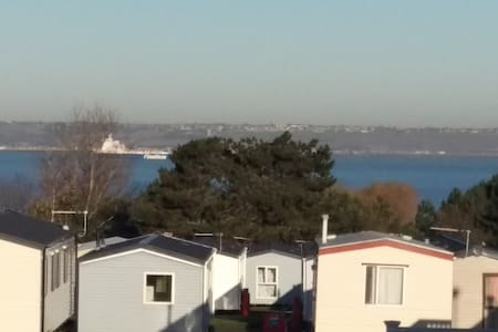 Allhallows on Sea, Kent. Caravan with Sea views - Medway - Altres