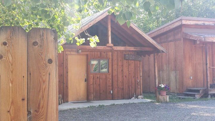 Cabin 1 at Woolley's Rendezvous