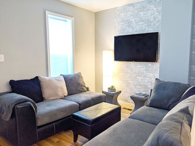 Modern Home in Fishtown - Comfort for the Crew