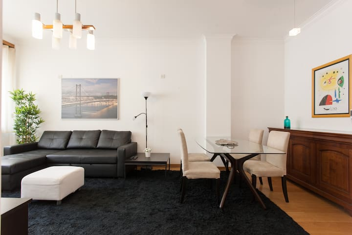 Fully Equipped Flat in Lisbon.  Luxury !! - Lisboa - Huoneisto
