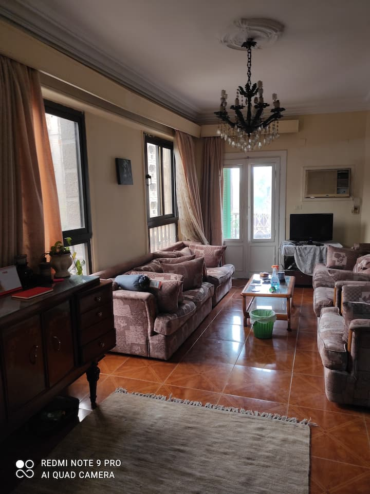 Green views, private twin double room in Maadi.