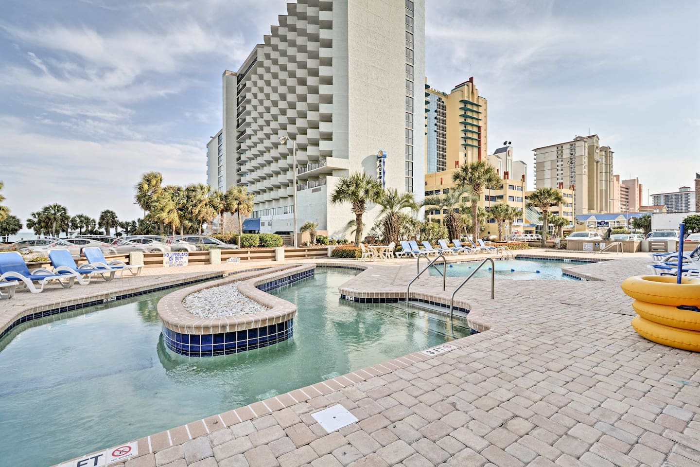 Escape to this centrally located Myrtle Beach vacation rental condo!
