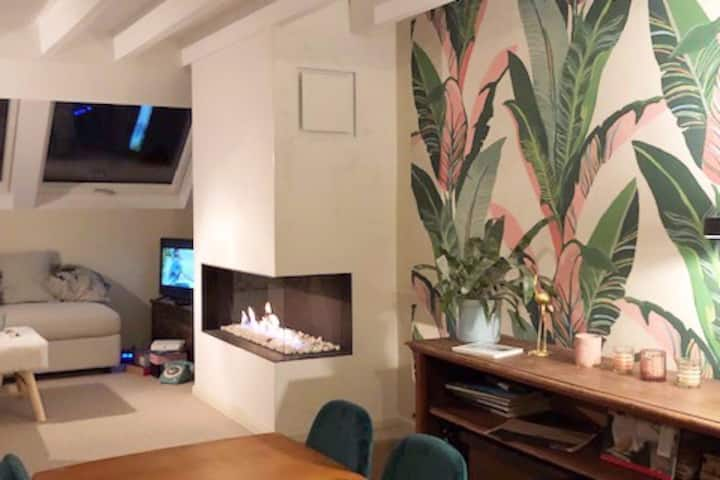Romantic apartment in Schaarbeek