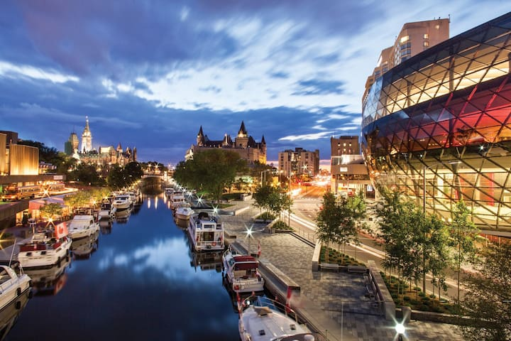 The Ottawa guide by AM