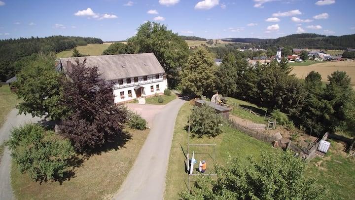 Berghof idyllisch im Vogtland
