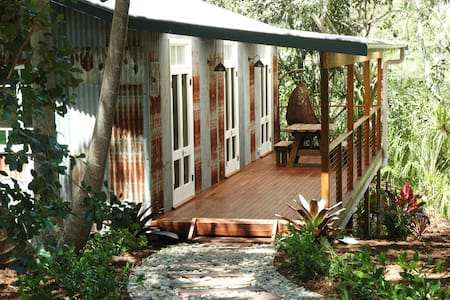 One Love  - Secluded Retreat Byron Bay Hinterland