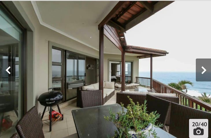 2 Bedroom unit in Umdloti Beach, KZN North Coast