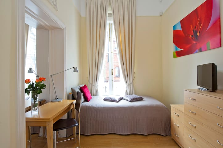 Stunning Single Room in a Period Building SW7