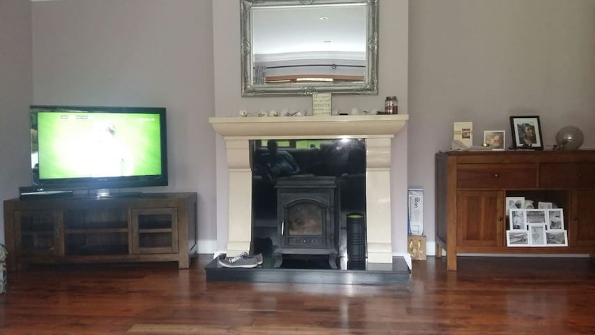 Three double rooms - Clarecastle - House