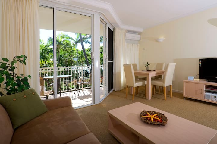 1 Bedroom on the Beachfront FREE WIFI/CABLE TV